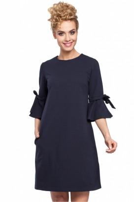 Krátke čierne voľné šaty s 3/4 rukávom model 85055 me