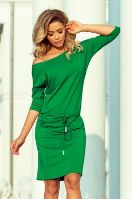 13-95 Krátke zelené športové šaty s 3/4 rukávom