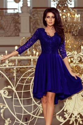 210-4 Krátke modré spoločenské šaty s asymetrickou nariasenou sukňou a čipkovaným vrchom