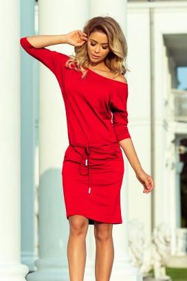 13-96 Krátke červené športové šaty s 3/4 rukávom