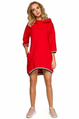 Krátke červené šaty s kapucňou a vreckami s lemovaním okolo krku a rukávov model 125359 mE
