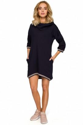 Krátke tmavomodré šaty s kapucňou a vreckami s lemovaním okolo krku a rukávov model 125360 mE