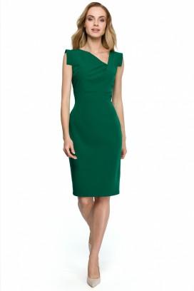 Krátke zelené púzdrové šaty s asymetrickým výstrihom model 121932 se