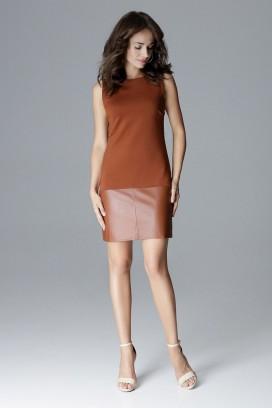 Krátke hnedé púzdrové šaty bez rukávov model 128514 lf