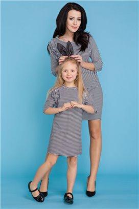 MMD16-2 Elegantné čierno-biele prúžkované šaty s volánikmi - dcérka