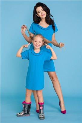 MMD17-3 Modré tričkové šaty s volánikom - dcérka