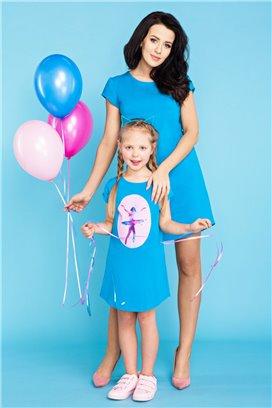 MMD21-2 Modré tričkové šaty s motívom baletky - dcérka