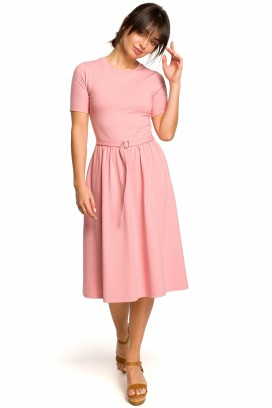 Ružové midišaty s nazberanou kruhovou sukňou,opaskom a krátkymi rukávmi model 131195 BE