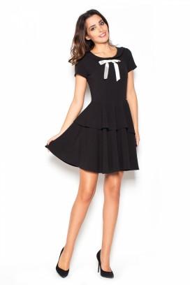 Krátke čierne šaty s volámni a bielou mašličkou model 60168 KS